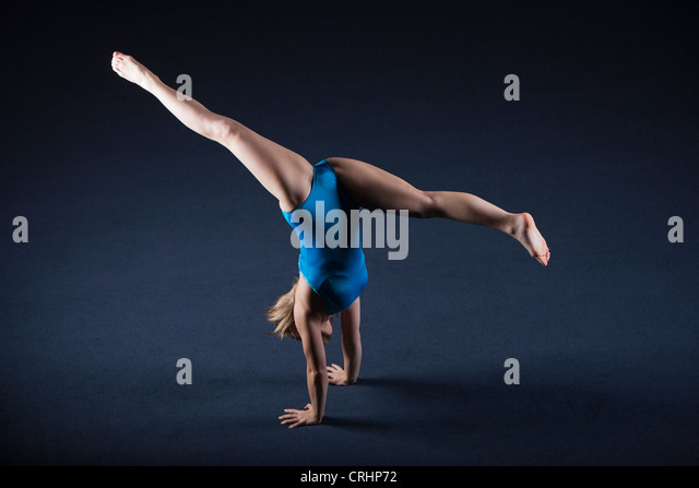 how to draw a gymnast doing a handstand