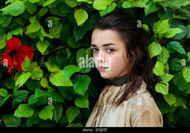MAISIE WILLIAMS GAME OF THRONES (2011) - Stock Image Maisie Williams 2011