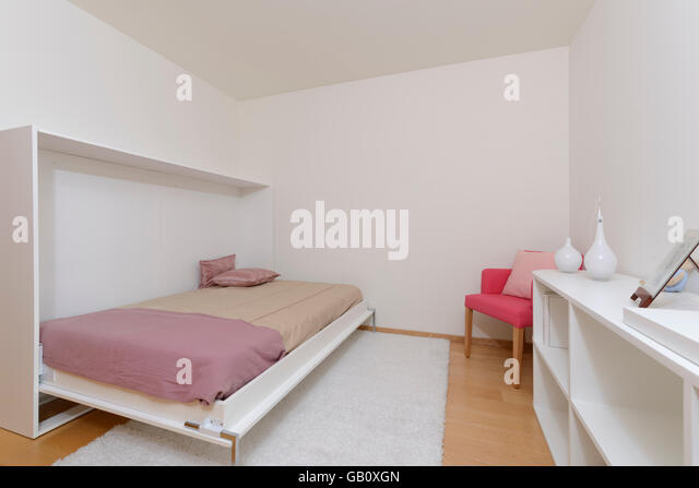 Murphy Beds Germany : Murphy bed stock photos images alamy