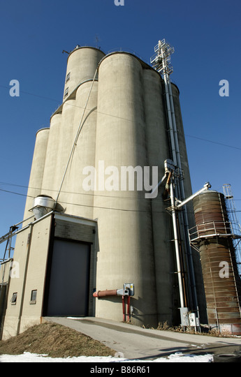 Sanitary Bin Stock Photos Amp Sanitary Bin Stock Images Alamy