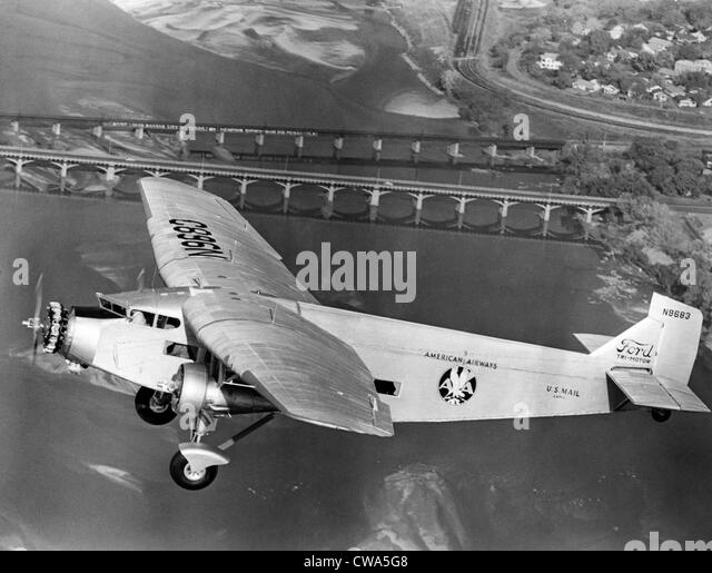 Airlines 1960s stock photos airlines 1960s stock images for Ford tri motor crash