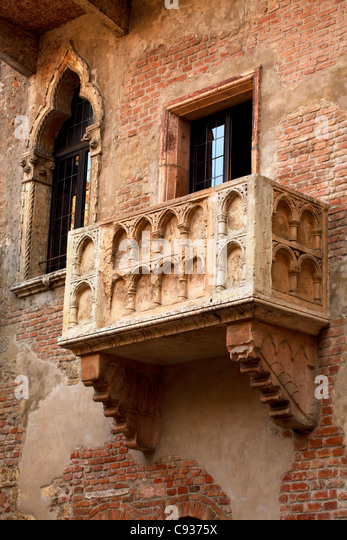 Romeo and juliet balcony stock photos romeo and juliet for Famous balcony