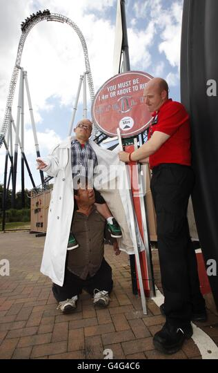Height restrictions stock photos height restrictions stock images alamy for Busch gardens height restrictions