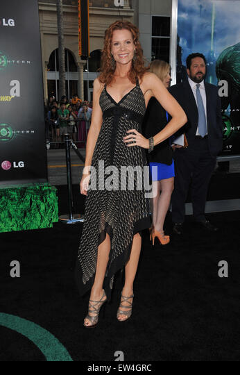 robyn lively twin peaks
