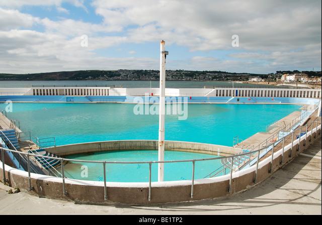 Outdoor swimming pool uk stock photos outdoor swimming - Hathersage open air swimming pool ...
