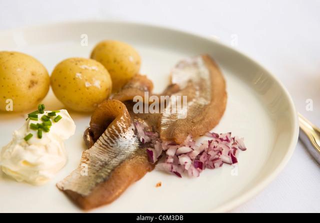 how to make pickled herring