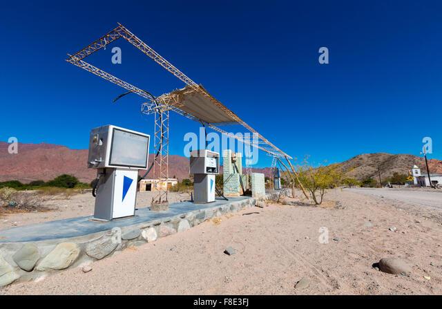 Argentina gas station selfservice women in spandex 9