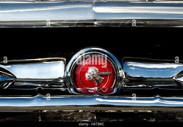 Emblem Front Grille Stock Photos Amp Emblem Front Grille Stock Images Alamy