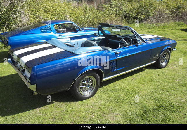 1967 ford mustang convertible and 1966 mustang coupe sydney classic car hire memberswisemans ferry - 1967 Ford Mustang Coupe Green