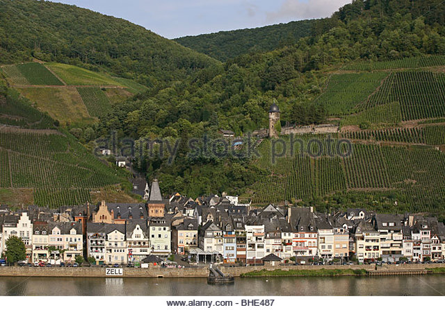 zell mosel stock photos zell mosel stock images alamy. Black Bedroom Furniture Sets. Home Design Ideas