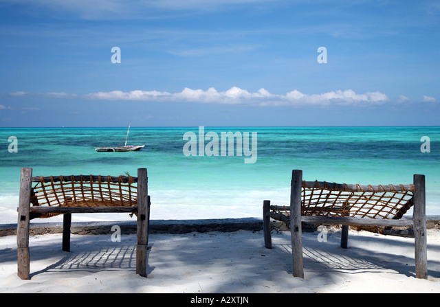 C Lion Outrigger Canoe Coral Beach And South ...