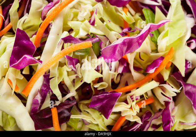 how to cut carrots for coleslaw