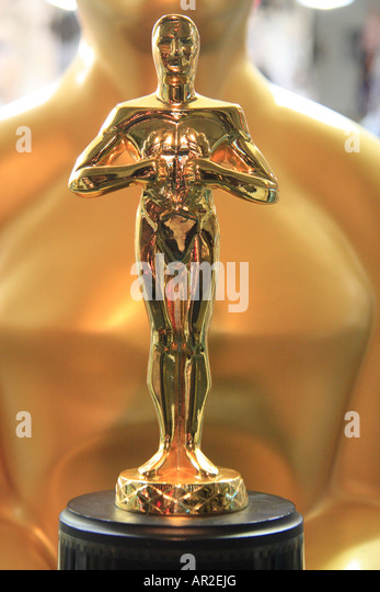 Academy Award Statue Stock Photos & Academy Award Statue ...