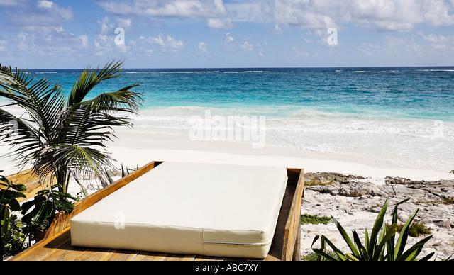 Cabana Pool Stock Photos Amp Cabana Pool Stock Images Alamy