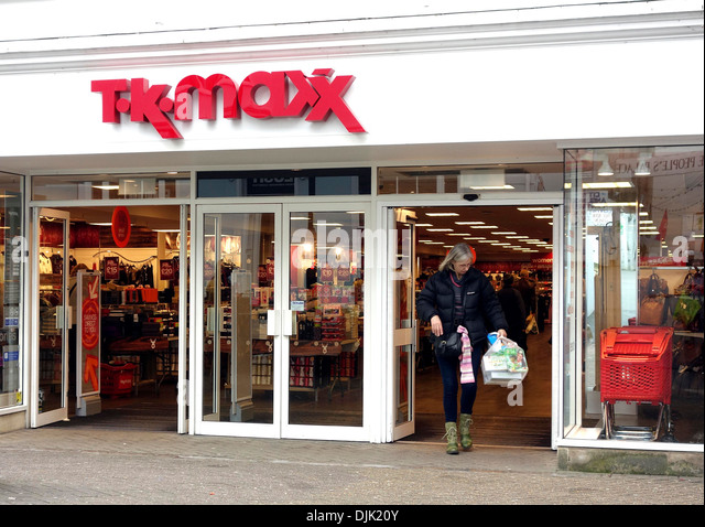 listings taunton discount stores