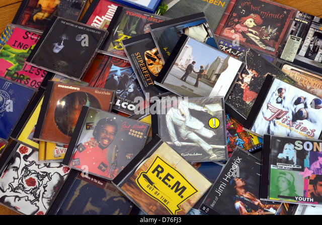 Music Cds Stock Photos Amp Music Cds Stock Images Alamy