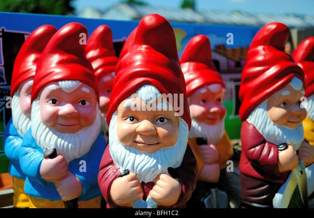 Garden Gnomes Stock Photos Garden Gnomes Stock Images Alamy