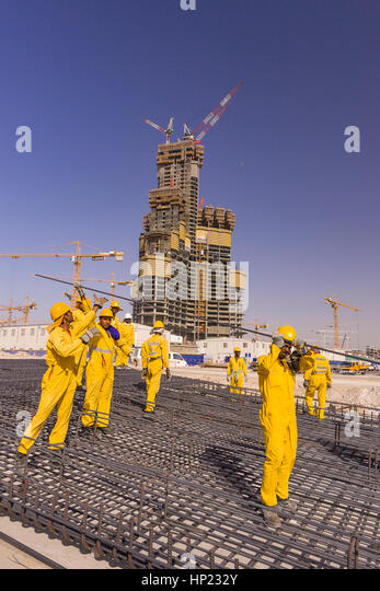 how to get work in dubai