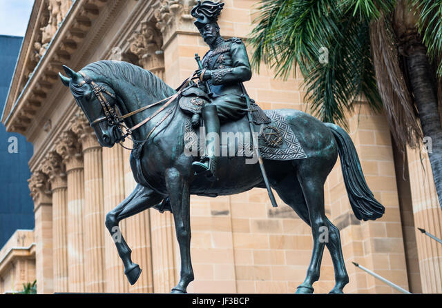 Statue of King George V in front of City Hall, King George Square, Brisbane, Australia. - Stock Image