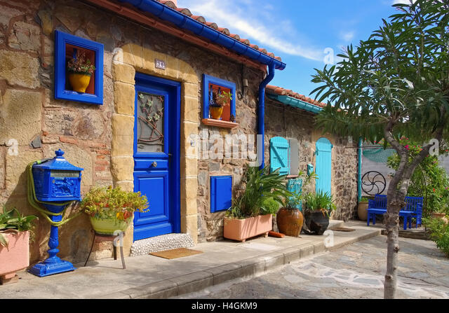 collioure house stock photos collioure house stock images alamy. Black Bedroom Furniture Sets. Home Design Ideas
