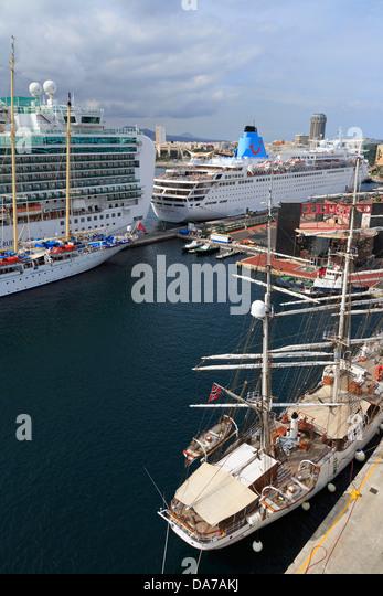 Canary islands cruise stock photos canary islands cruise for Oficina fred olsen santa catalina