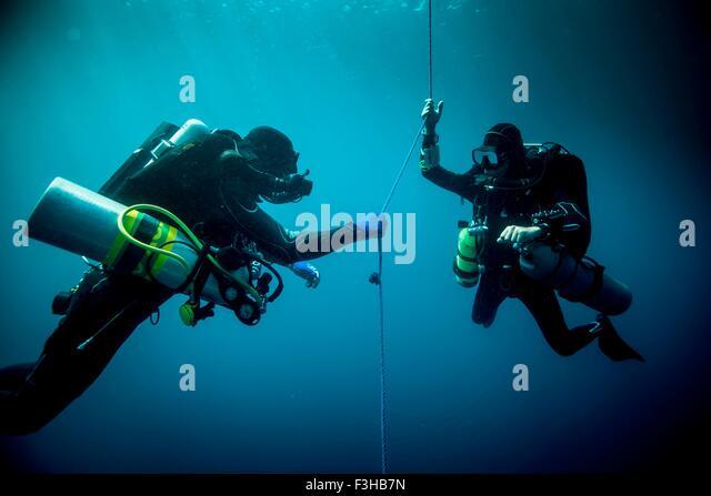 Decompression stock photos decompression stock images alamy - Tech dive arenzano ...