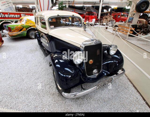 Mercedes benz 170 v stock photos mercedes benz 170 v for 1946 mercedes benz