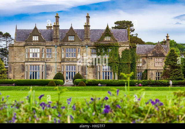 Muckross House In Bourn Vincent Memorial Park Killarney Nationalpark County Kerry