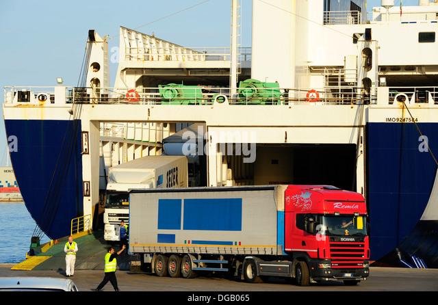 Transporte stock photos transporte stock images alamy - Transporte tenerife ...