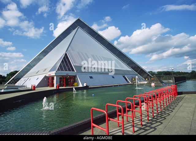 Oasis Beach Pool Bedford Stock Photos Oasis Beach Pool Bedford Stock Images Alamy
