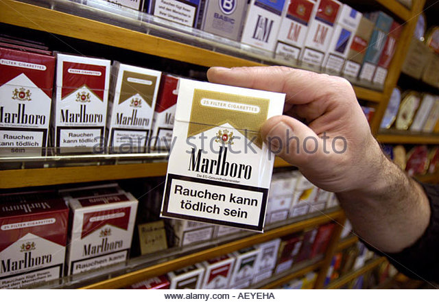 Cigarettes Marlboro in black light
