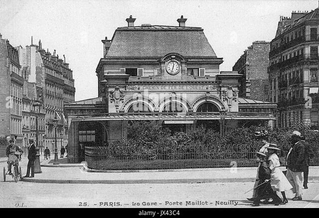 Gare black and white stock photos images page 5 alamy - Gare montparnasse porte maillot ...