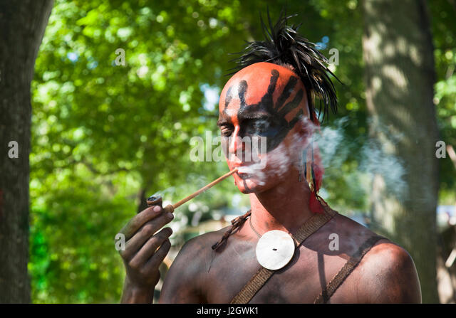 stella niagara hindu single men Findthedivine: find retreat  hindu (1) islam (0)  4421 lower river road, stella niagara, niagara, ny, united states, new york (ny), usa (us) 14144.