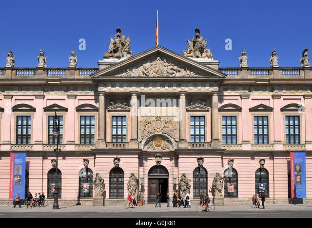 berlin deutsches historisches museum stock photos berlin deutsches historisches museum stock. Black Bedroom Furniture Sets. Home Design Ideas