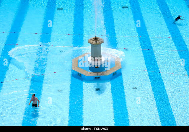 Swiming Stock Photos Swiming Stock Images Alamy