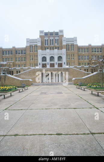 little rock arkansas essay 1957 In 1957, nine young african  the integration of central high school little rock, arkansas essay 703 words  more about the impact of the little rock nine essay.