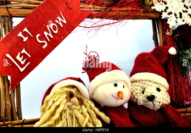Wooden Snowman Stock Photos & Wooden Snowman Stock Images - Alamy