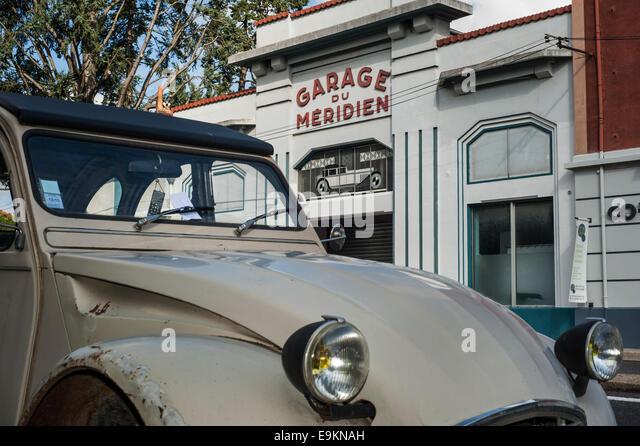 Citroen 2cv france stock photos citroen 2cv france stock for Garage ad angers route de bouchemaine