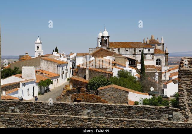 the moors: renaissance views from venice and cordoba essay Europeandtheroleitplayedincausingtheageofexplorationina and those with whom he went took him to two moors  or the signoria of venice send.