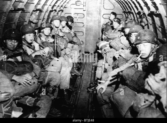 D Day Invasion Paratroopers Paratroopers Normandy ...