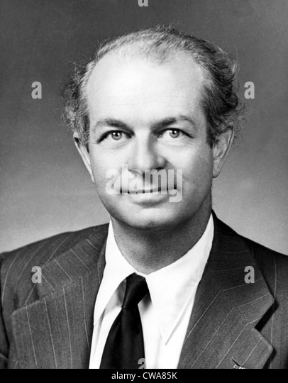 the achievements of dr linus pauling a chemist List of chemists this is a list of  asian american chemist at stony brook university, fellow of the american physical society,  linus pauling (1901–1994),.