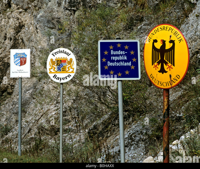 Hochwertig Border Crossing Near Vorderriss, Border Signs, Bad Toelz, Wolfratshausen,  Bavaria, Europe