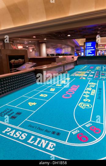 Casino ruhl diner spectacle