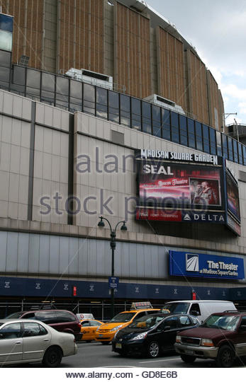 Madison Square Garden (MSG) With A Billboard Advertising Stevie Nicksu0027s  Live Performance On July