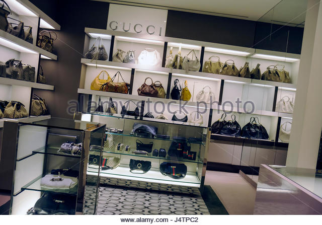Saks Fifth Avenue On Market Stock Photos Saks Fifth Avenue On Market Stock Images Alamy