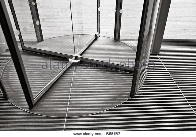 Revolving door - Stock Image & Rotating Door Stock Photos u0026 Rotating Door Stock Images - Alamy pezcame.com