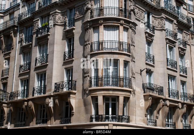 Apartment blocks paris stock photos apartment blocks for Arrondissement porte d italie
