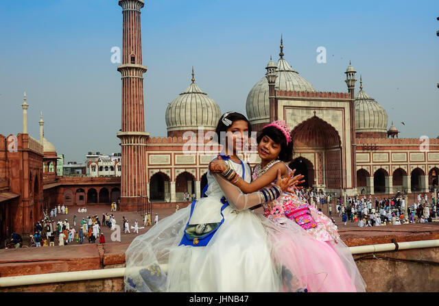 Cool Joy Eid Al-Fitr Feast - two-muslim-kids-with-happy-smiley-faces-celebrating-islamic-festival-jhnb47  Pictures_196880 .jpg