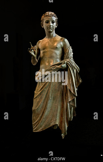 bronze statue of an aristocratic boy Bronze statue of an aristocratic boy roman: 27 bc-ad 14 medium: bronze now at the metropolitan museum of art.