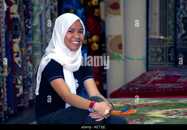 miri muslim girl personals Dating in islam: why muslims shouldn't date and why you shouldn't i started dating a muslim as a muslim girl i would advise you not to meet the boy in.